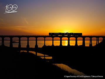 カレンダー 月のカレンダー2014 : 惣郷川(そうごうがわ)橋梁 ...